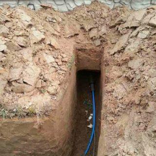 Как завести воду из скважины в дом фото
